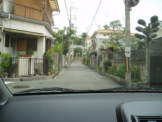 Japan's common and slim two-way roads.